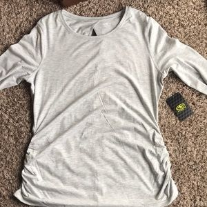Tops - Long sleeve workout shirt